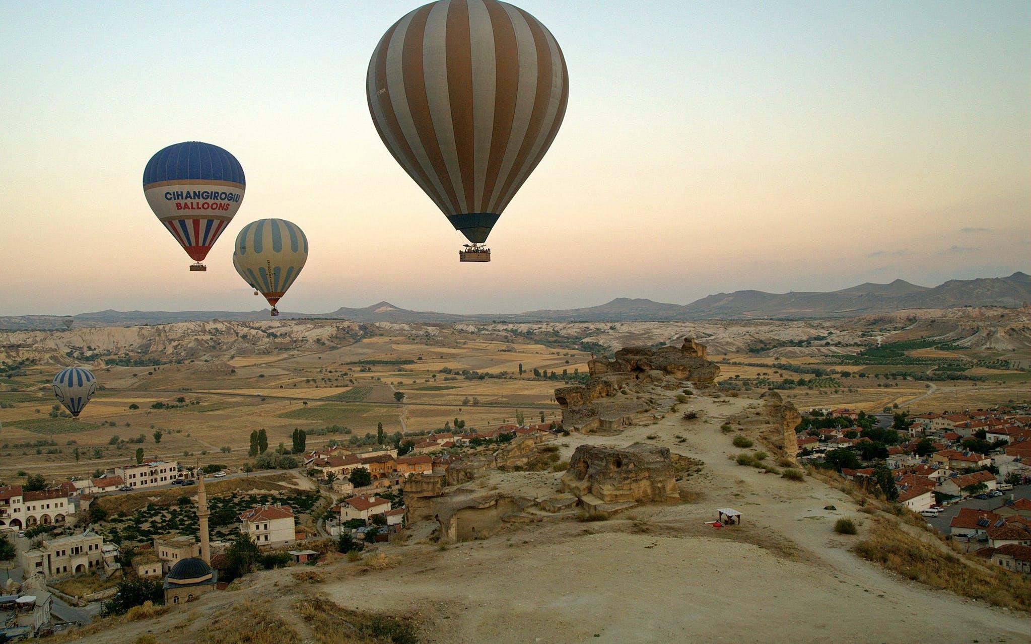 adventure desert safaris hot air ballooning