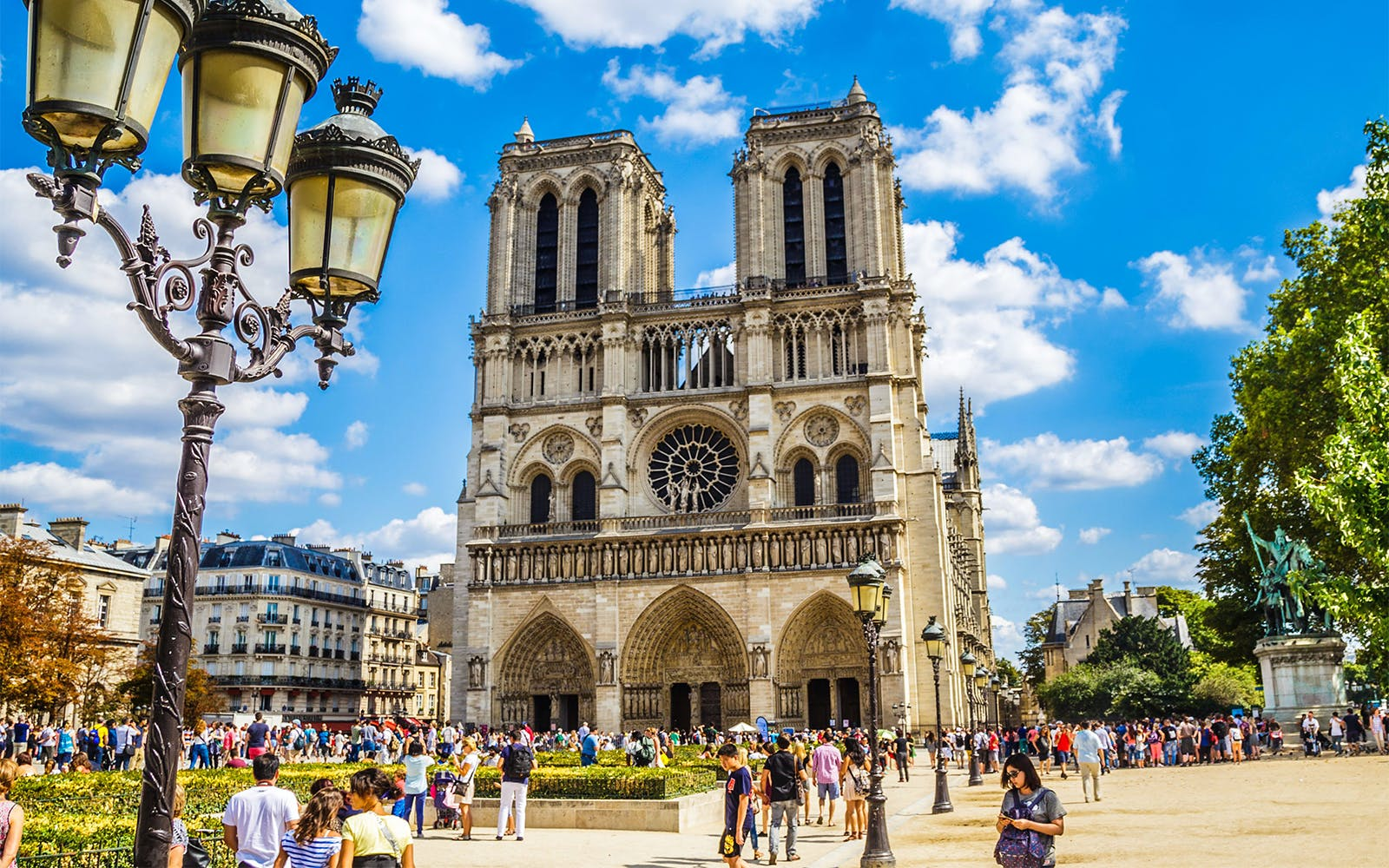 Notre Dame Cathedral: Priority Access with Audio Guide