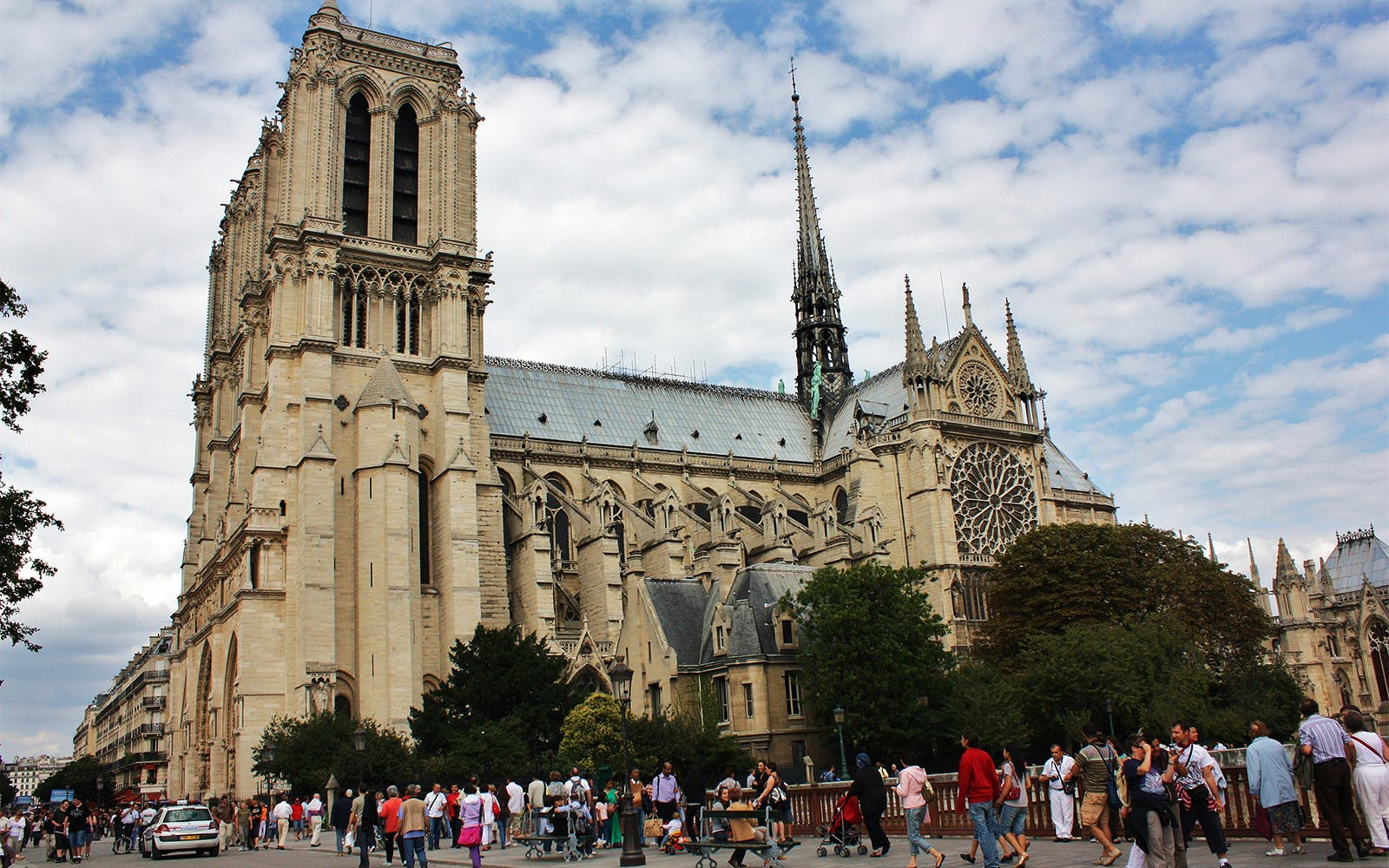 notre dame cathedral: priority access with audio guide-4