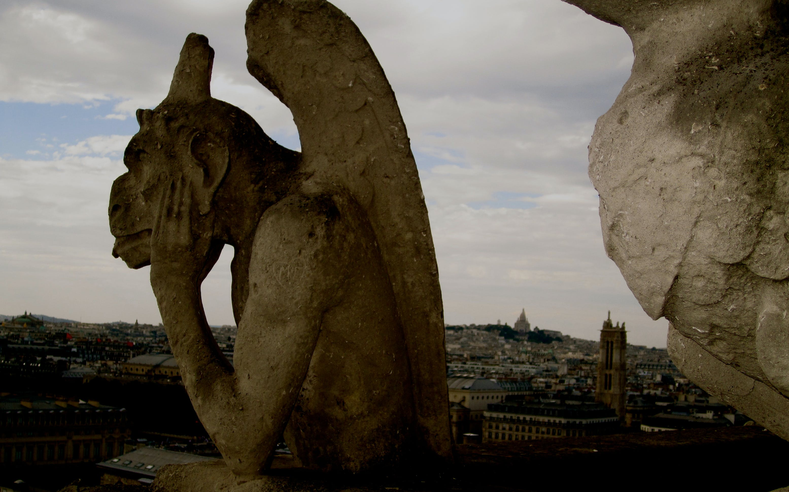 Notre-Dame, Historical Walk, & the Louvre - Priority Access Guided Tour