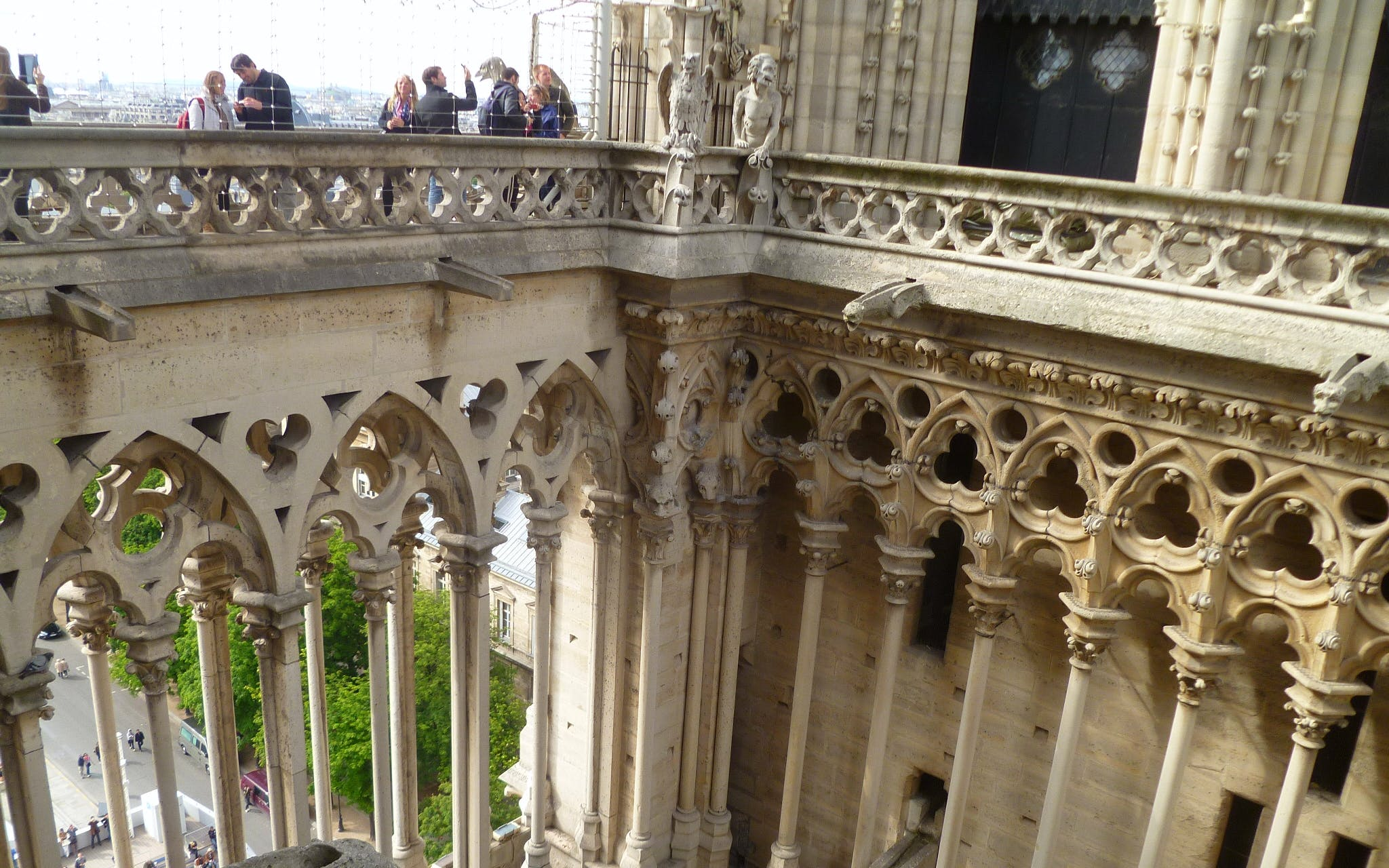 notre dame cathedral tour with optional tower access-2
